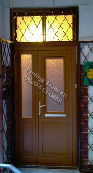 Bejarati ajtó viii kerület