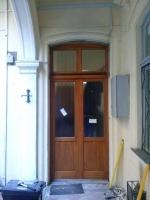 VI kerületi fa bejárati ajtó