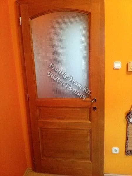 Fürdőszoba ajtó fából