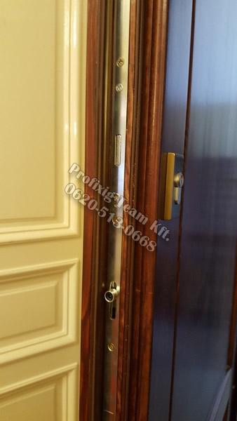 Kétzáras többponton záródó bejárati ajtó