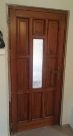 Fatörzs üveges ajtó