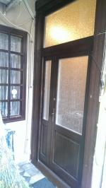 Felülvilágítós fa bejárati ajtó