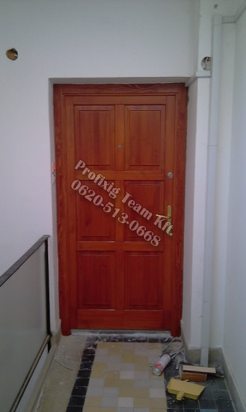 belvárosi bejárati ajtó csere