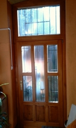üveges társasházi ajtó