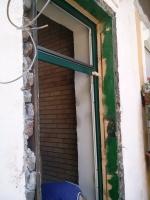 régi tok mögé épített ajtó