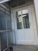 üveges ajtócsere