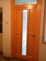 Fa bejárati ajtó szerelés 3.kerület