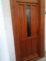 Gyönyörűszép minőségi fa bejárati ajtó