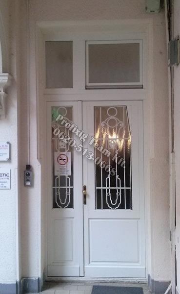 Műemlék bejárati ajtó